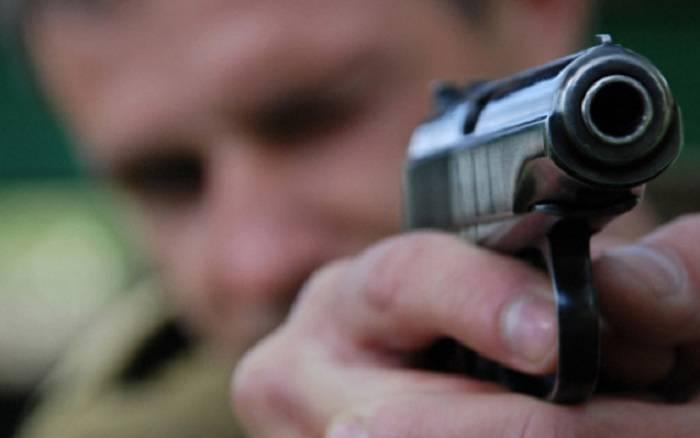 Sumqayıtda silahlı insident - Ölən var
