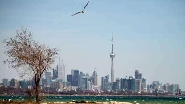 """""""الوحش"""" يقطع الكهرباء عن 200 ألف شخص في كندا"""