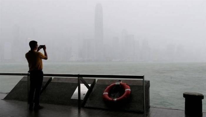 إعصار الفلبين يرفع عدد الضحايا إلى 25 قتيلاً ويقترب من السواحل الصينية