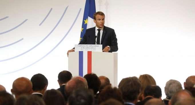 الرئيس الفرنسي يعلن إجراءات جديدة بشأن ضحايا الإرهاب