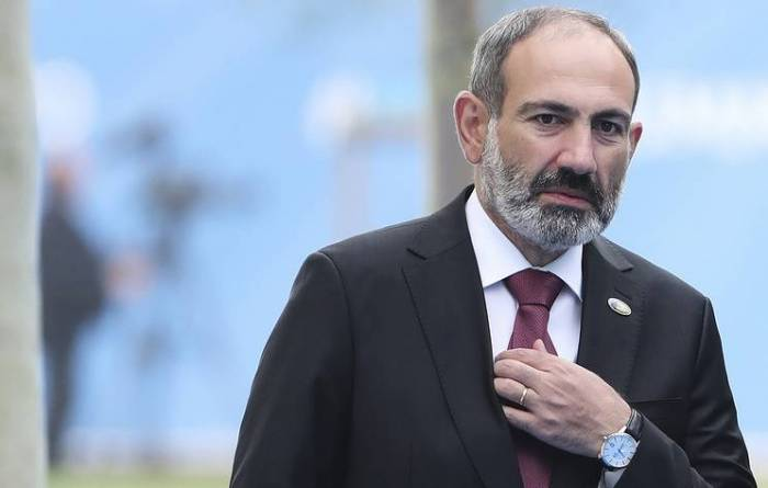 Armenian PM says plans to visit Russia and meet with Putin
