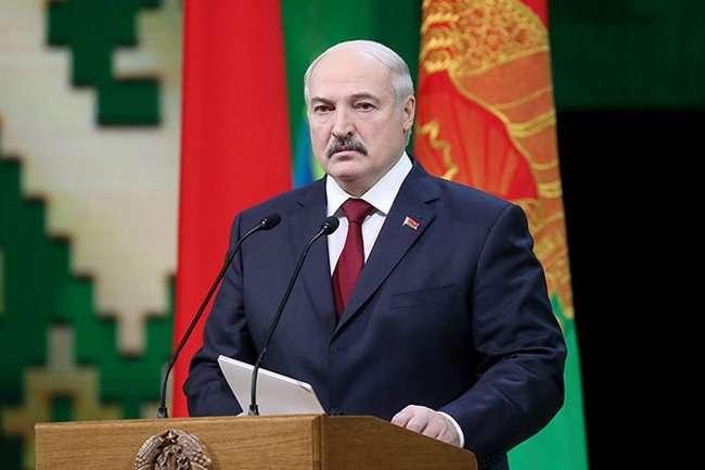 """""""Münaqişələrin sülh yolu ilə həllinin tərəfdarıyıq"""" - Lukaşenko"""