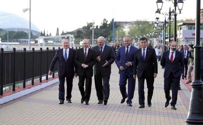 Lukaşenko və Nazarbayev Paşinyana rədd cavabı verdi