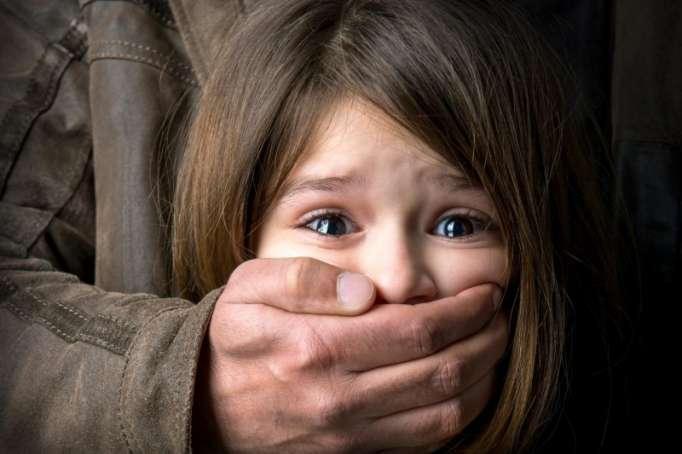 Qazaxıstanda pedofillərin axtalanmasına başlanıldı