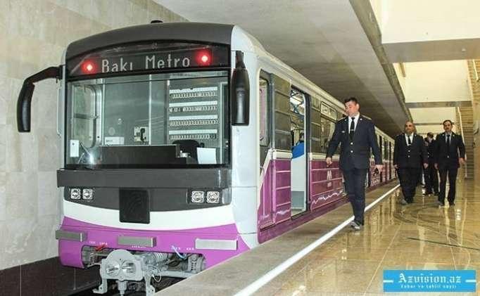 Bakı metrosunda problem yaranıb