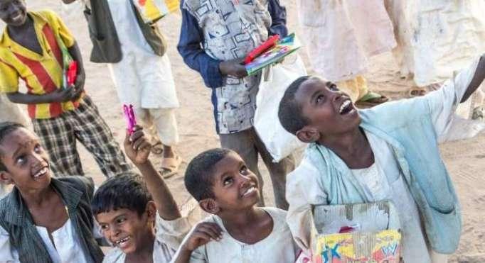 Interpol rescata a 85 niños esclavos de las calles y minas de oro de Sudán