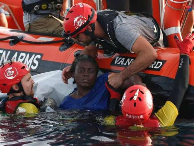 More than 100 migrants dead after boat wreck off Libya coast, say MSF