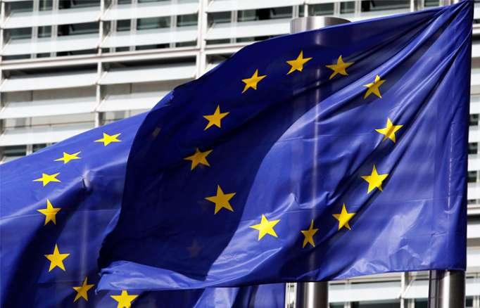 "EU Prolongs Sanctions on Russia ""Over Ukrainian Conflict"" by 6 Months"