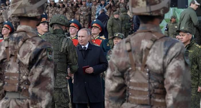 Putin erinnert russische Militärs an ihre wichtigste Aufgabe