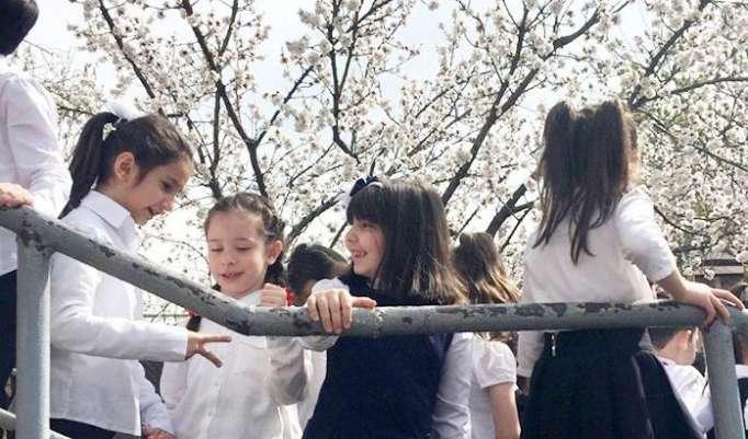 """En Armenia, a los niños se les prohíbe ir a la escuela: """"¡Ustedes son yazidíes y aún no necesitan estudiar!"""""""
