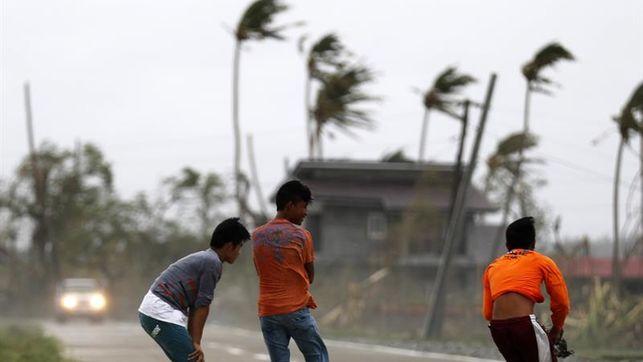 El número de víctimas mortales por el tifón Mangkhut en Filipinas sube a 25