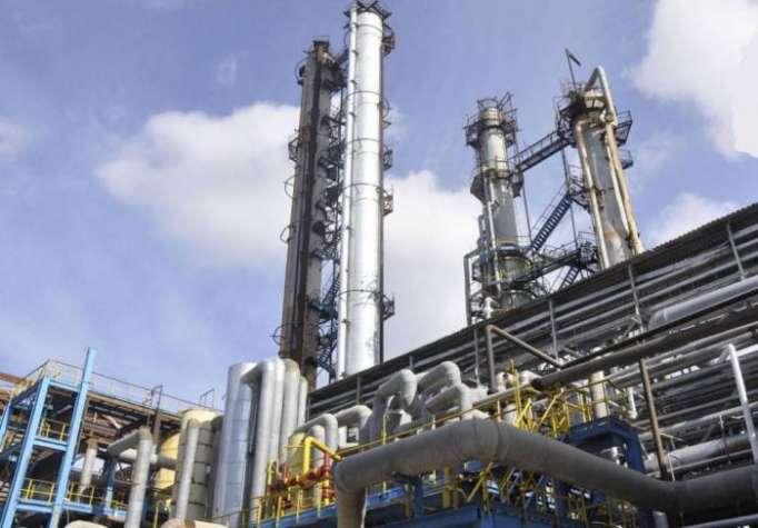 Keçən il SOCAR üzrə neft emalı azalıb