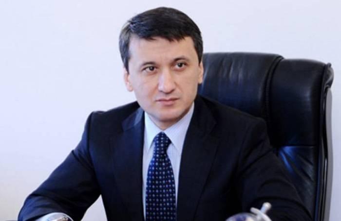 """""""Sabemos cómo Pashinian es un showman"""", dijo Azer Gasimov"""