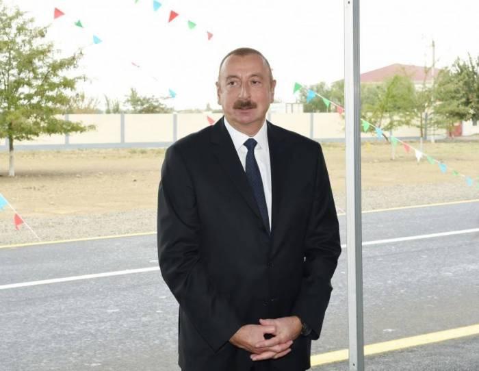 """""""Azərbaycan dünya miqyasında çox böyük hörmətə malikdir"""" - Prezident"""