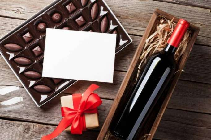 Drinking wine and eating chocolate linked to living longer