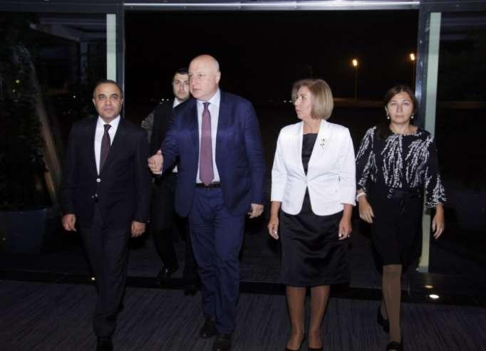 Präsident von OSZE-PV zu Besuch in Aserbaidschan eingetroffen