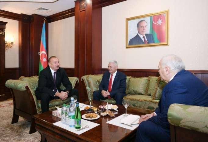 Präsident Ilham Aliyev trifft Parlamentspräsident der Türkei Binali Yildirim