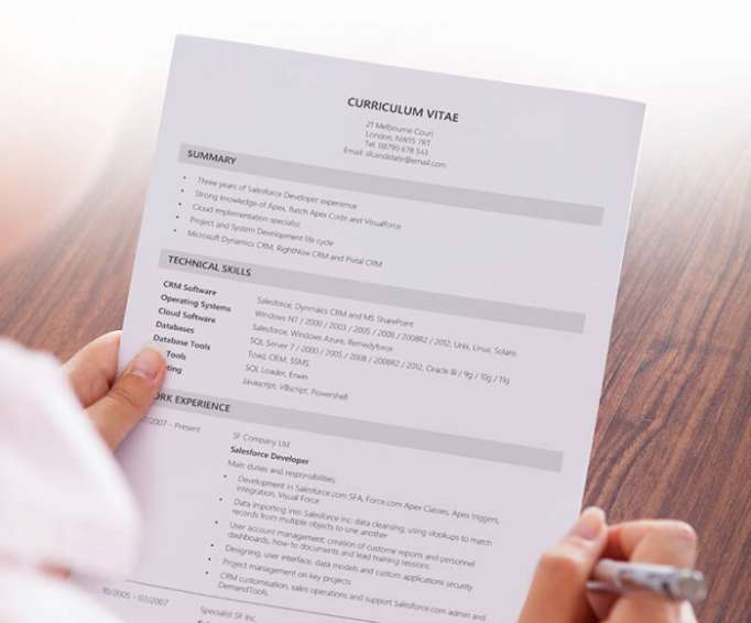 what s the difference between a résumé and a cv