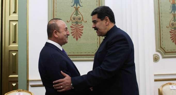 El presidente Maduro se reúne con el canciller turco