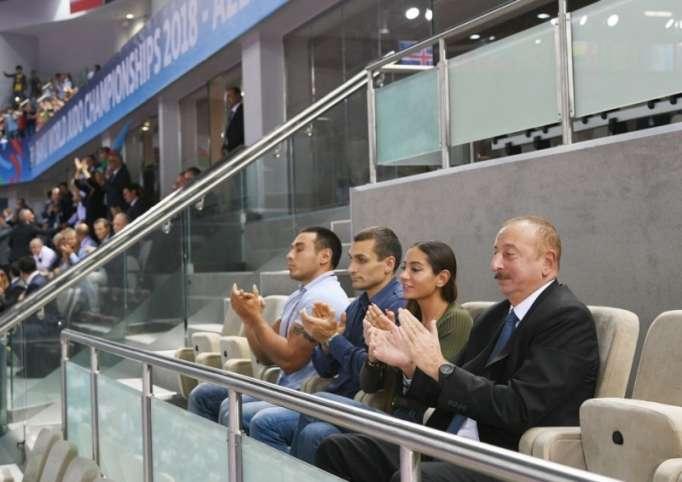 Prezident ailəsi ilə birlikdə cüdo yarışlarına baxdı - FOTOLAR