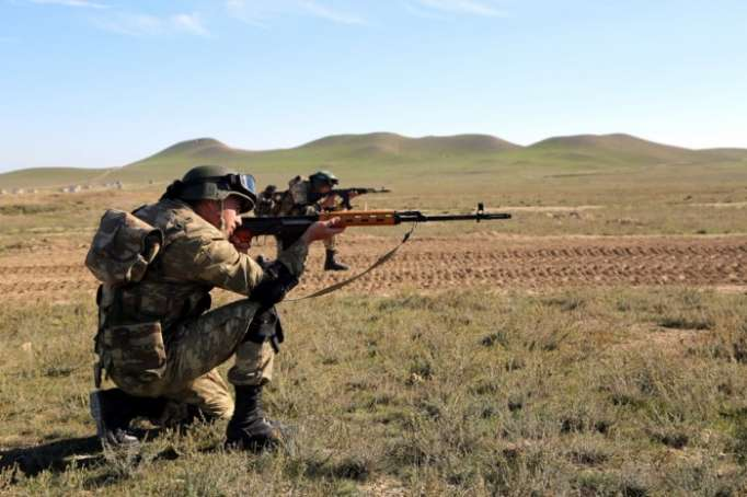 Waffenpause wurde von Streitkräften Armeniens tagsüber 112 Mal gebrochen