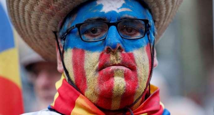 ¿Deja el independentismo catalán en segundo plano las necesidades de la gente?