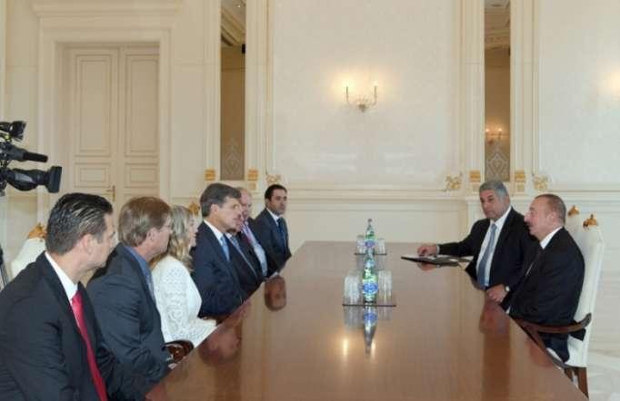 Ilham Aliyev recibe alpresidente de Olimpiadas Especiales