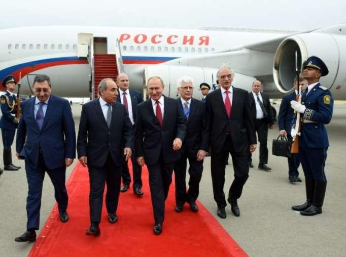 Putin Bakıya gəldi - FOTOLAR