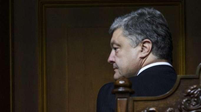 """Ruslardan qaçan Poroşenko Lavrovun otağında: """"Yəqin, tualetlə səhv salmısan"""""""