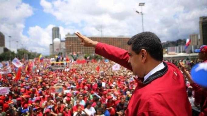 La mayoría de venezolanos rechaza opción militar contra Maduro
