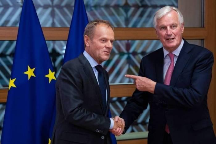 Brexit : Donald Tusk propose un sommet européen extraordinaire en novembre