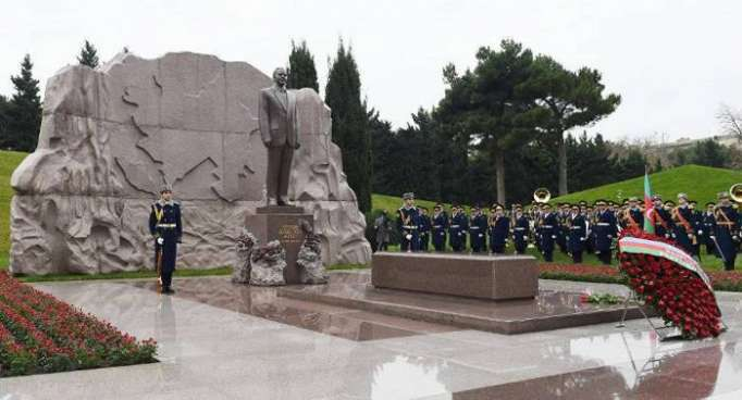 Azerbaijian, Turkish Presidents paid respect to national leader Heydar Aliyev