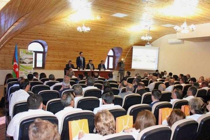 Heyvandarlıq Elmi-Tətqiqat İnstitutunda seminar
