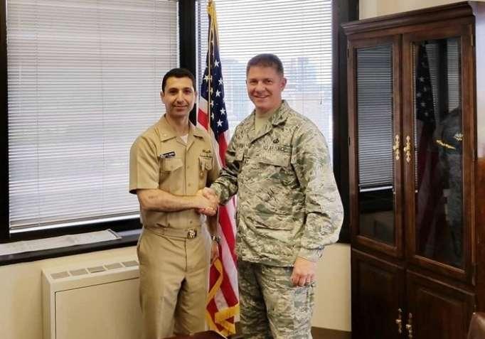 Azərbaycanlı zabit Amerikada nüfuzlu medala layiq görüldü - FOTO