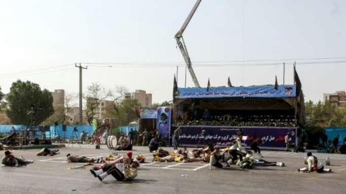 """Attentat en Iran: Téhéran accuse un """"régime étranger"""" allié de Washington"""