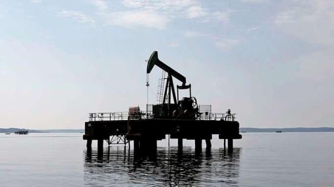 El precio del crudo Brent supera los 82 dólares por primera vez desde 2014