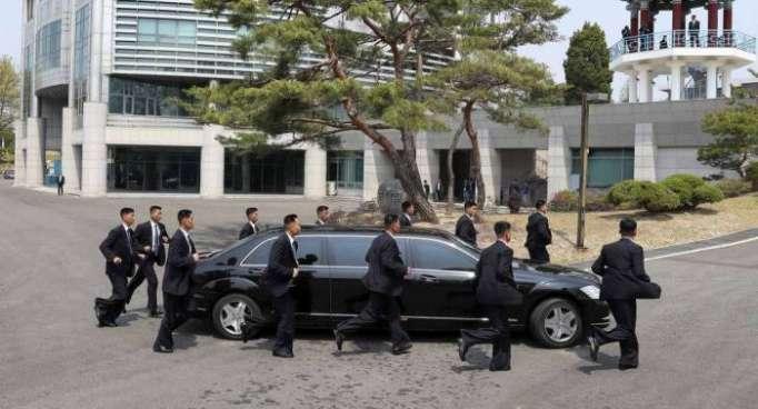 كوريا الجنوبية ترسل إلى بيونغ يانغ مجموعة أشخاص للتحضير للقمة المقبلة بين الزعيمين