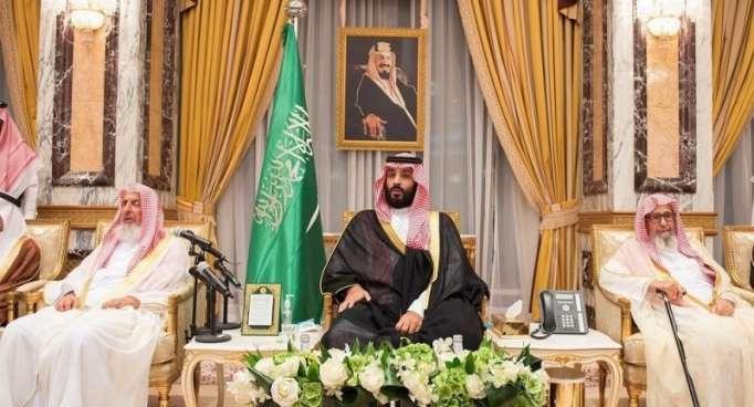"""قبل يوم من اليوم الوطني السعودي... ابن سلمان يقوم بـ """"زيارته التاريخية"""" (فيديو)"""