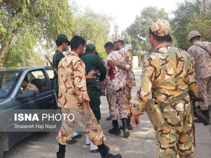 İranda hərbi paradda terror törədilib