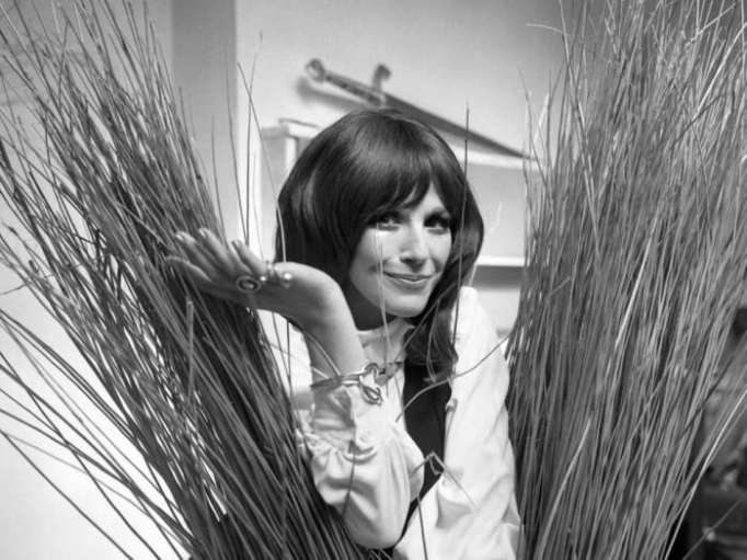 Carry On actress Fenella Fielding dies, aged 90