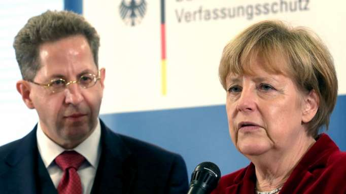 Merkel baş kəşfiyyatçını işdən qovdu -