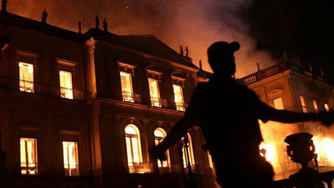 brazil s 200 year old national museum hit by huge fire