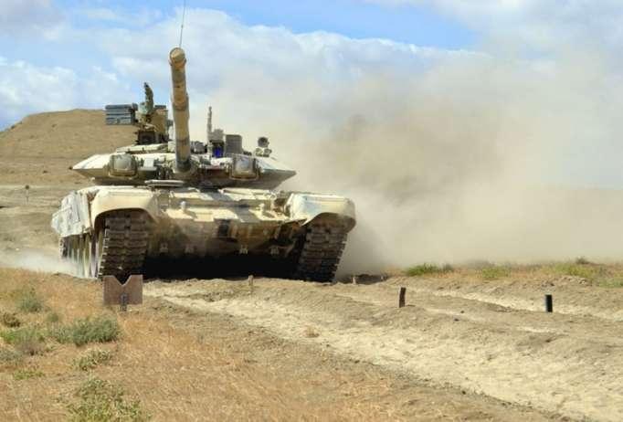 """""""Ən yaxşı tank bölüyü"""" adı uğrunda yarışlar başlayıb -FOTOLAR+VİDEO"""