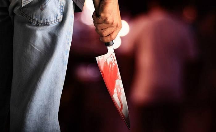 Lənkəranda axundun qardaşı bıçaqlandı