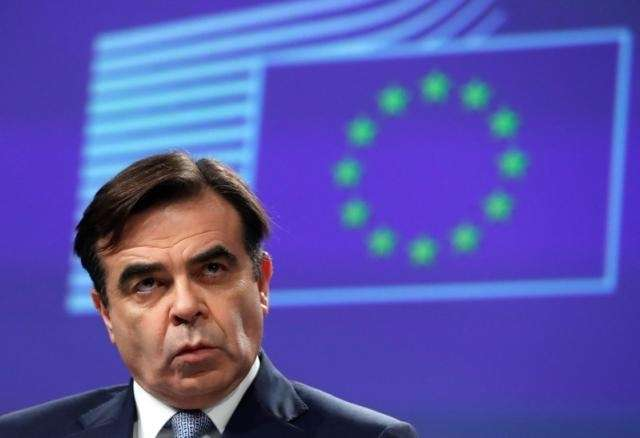 EU executive says working for Brexit deal but also doing no-deal preparations