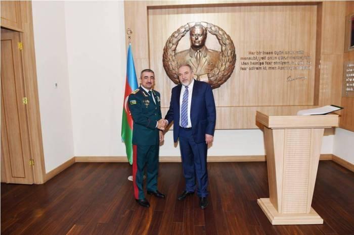 Elchin Guliyev meets Israeli Defence Minister