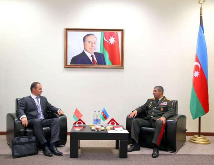 Azerbaijan discusses military co-op with Belarus, Turkey