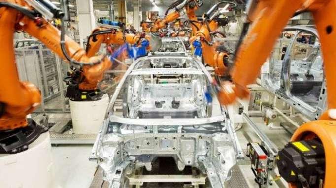 Maschinenverrichten bald mehr Arbeit als Menschen