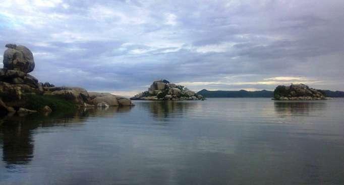Sube el número de muertos en el naufragio de un ferri tanzanio en el lago Victoria
