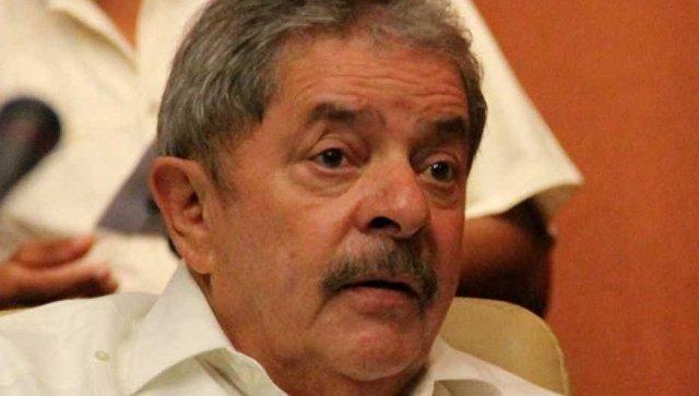 Brazil's jailed former leader Lula ends presidentialbid